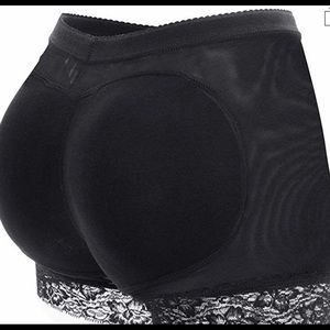 ❌ SOLD ❌ Seamless Butt Lifter Padded LaceEnha Unde